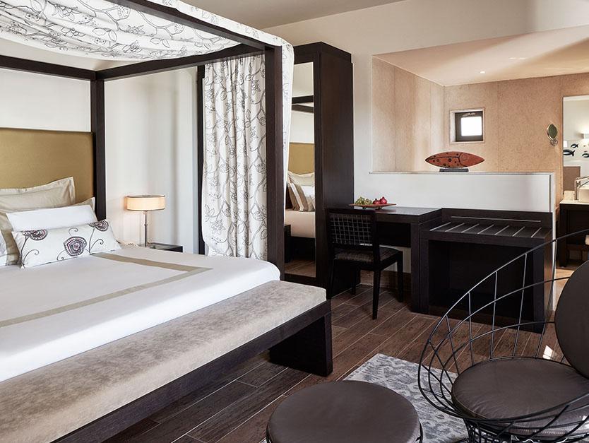 Luxury Resort Hotel in Rhodes - Prestige Pool Suites