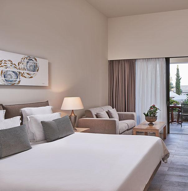 Luxury Resort Hotel in Rhodes - Sharing Pool Junior Suite